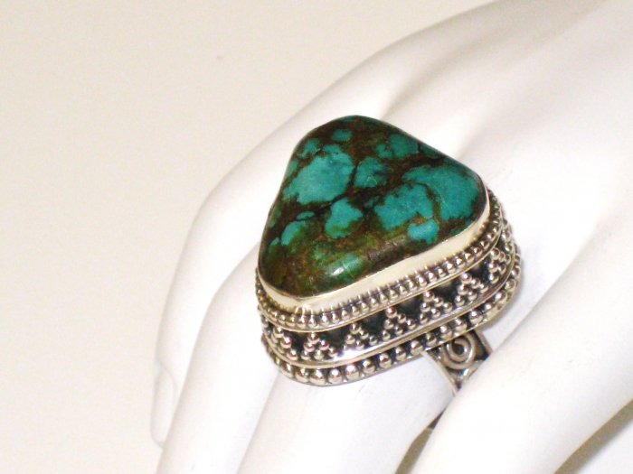 RG113       Turquoise Ring in Sterling Silver, Size 7