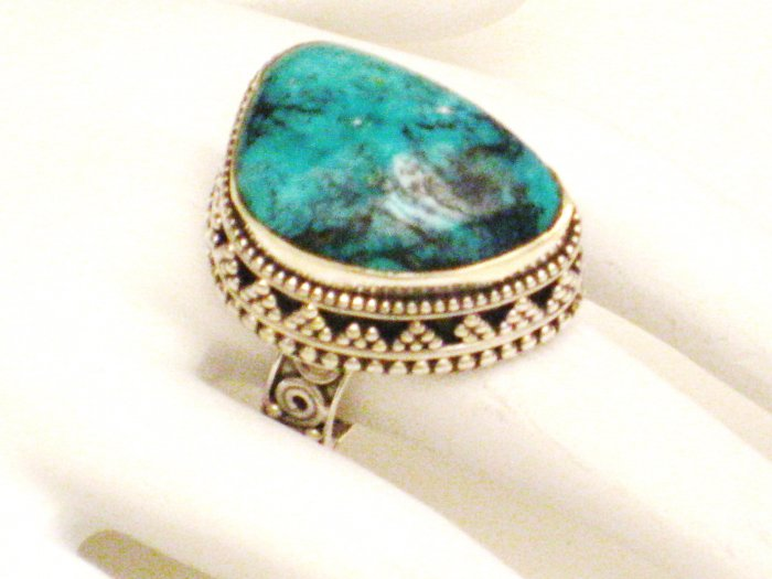 RG183       Turquoise Ring in Sterling Silver, Size 6Turquoise Ring in Sterling Silver, Size 6