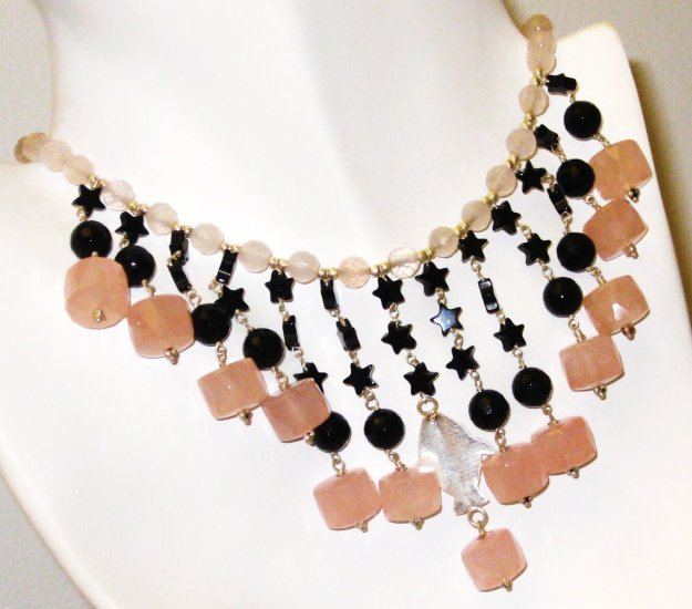 NK022       Rose Quartz and Onyx Necklace in Sterling Silver