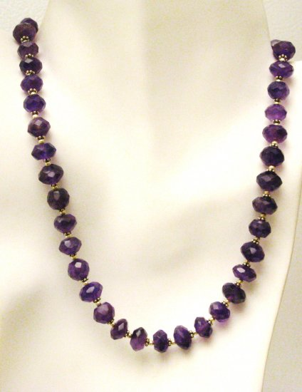 NK035       Amethyst Necklace in Sterling Silver