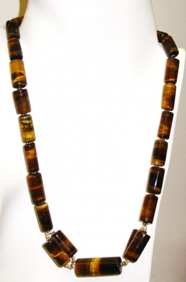 NK037       Tiger's Eye Necklace in Sterling Silver
