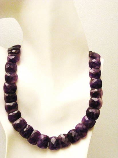 NK041       Amethyst Necklace. Sterling Silver Clasp.