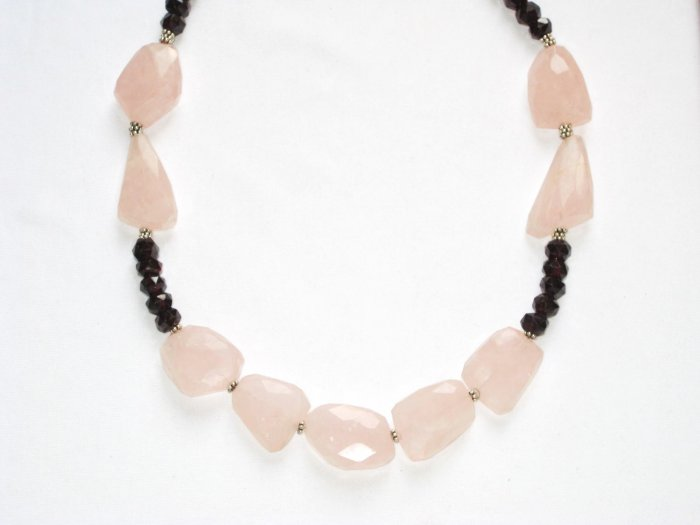 ST079       Garnet and Rose Quartz Necklace in Sterling Silver