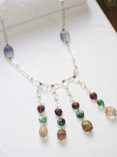 ST096       Heartshaped Semi-Precious Stones in a Moonstone Beaded Sterling Silver Necklace