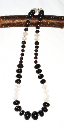 ST429       Rose Quartz and Onyx  Necklace in Sterling Silver