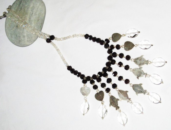 ST449       Moonstone and Garnet  Necklace in Sterling Silver