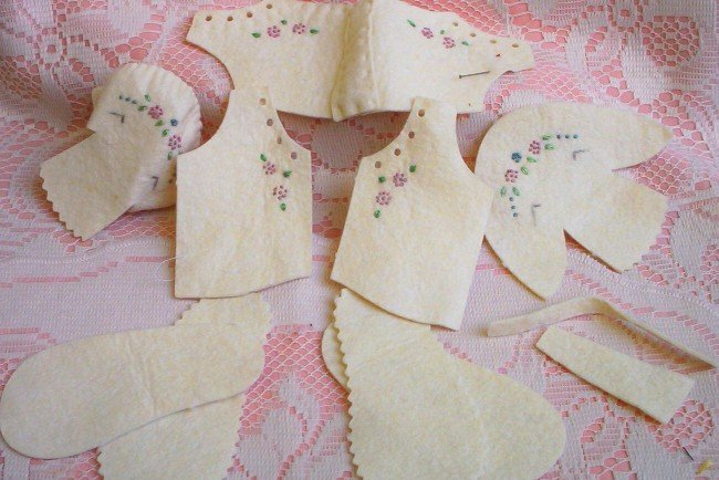 Doll makers! Felt embroidered doll clothing ~ Unfinished  FREE SHIPPING!