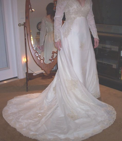 """Saratoga"" Wedding Gown  FREE SHIPPING!"