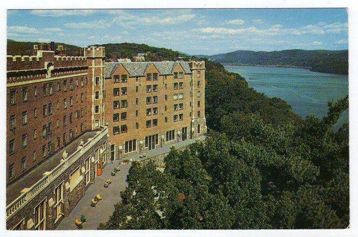 U.S. Hotel Thayer West Point, NY Vintage Postcard 1950s   #0435