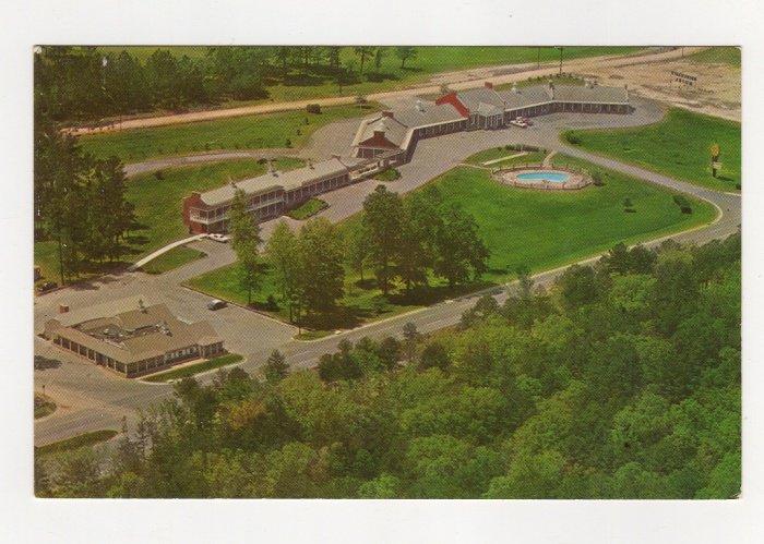 University Motel and Pines Restaurant Chapel Hill NC Postcard vintage 1960s Dexter #0534