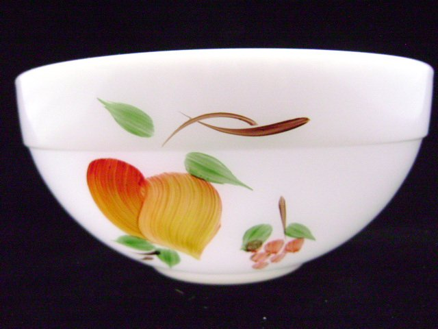 Anchorwhite Gay Fad Fruits Medium Colonial Mixing Bowl