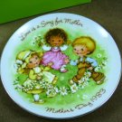 Avon 1983 Mother's Day Plate Love Is A Song For Mother