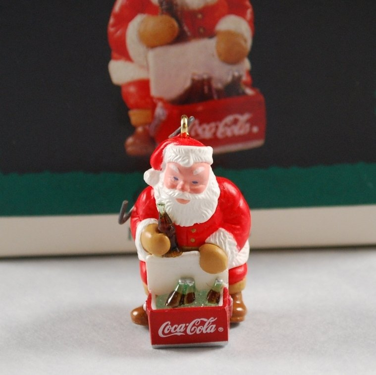 Hallmark 1993 Coca Cola Santa Keepsake Collector's Club Miniature Ornament