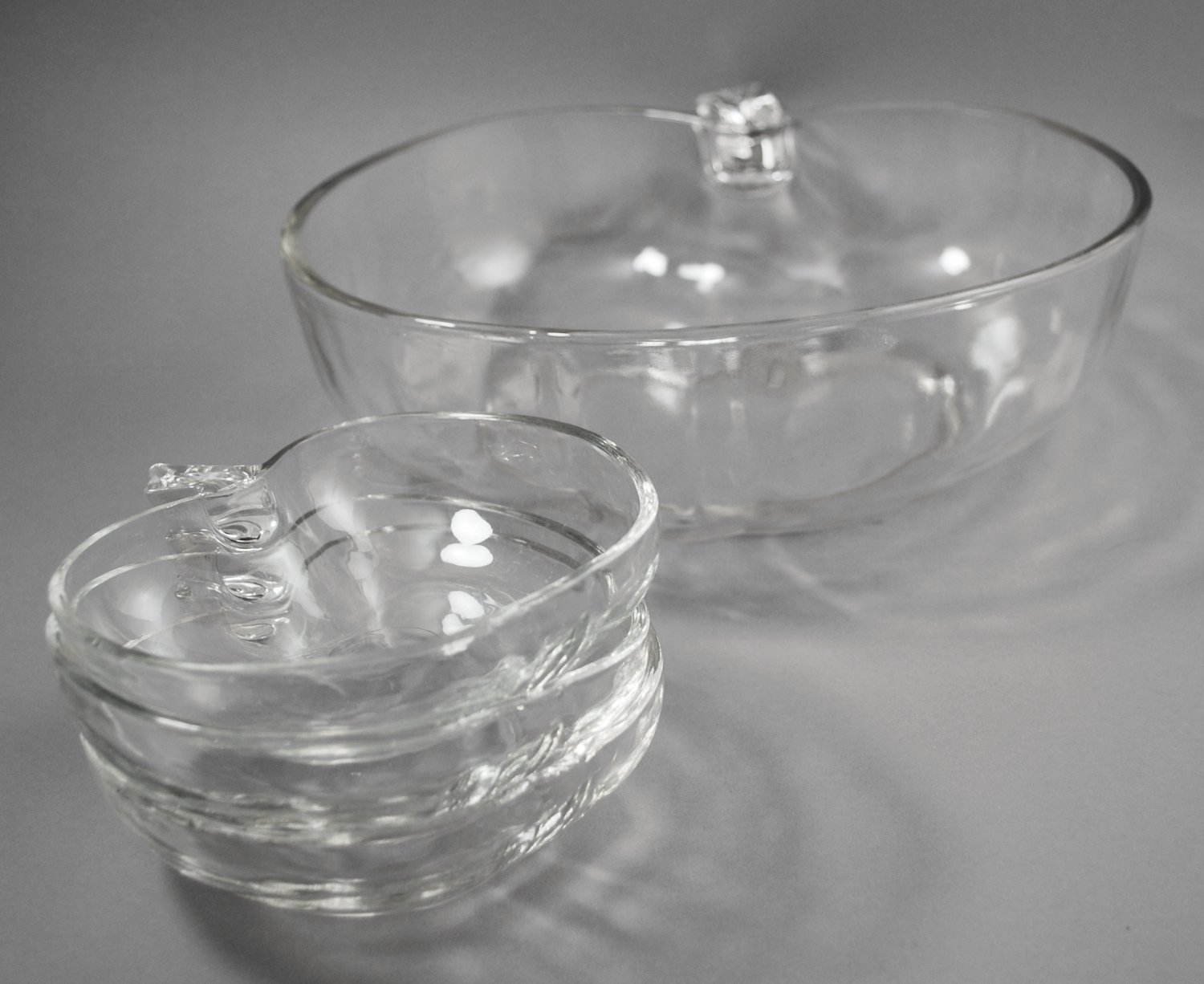 Hazel Atlas Orchard Ware Serving and 3 Clear Glass Dessert Bowls