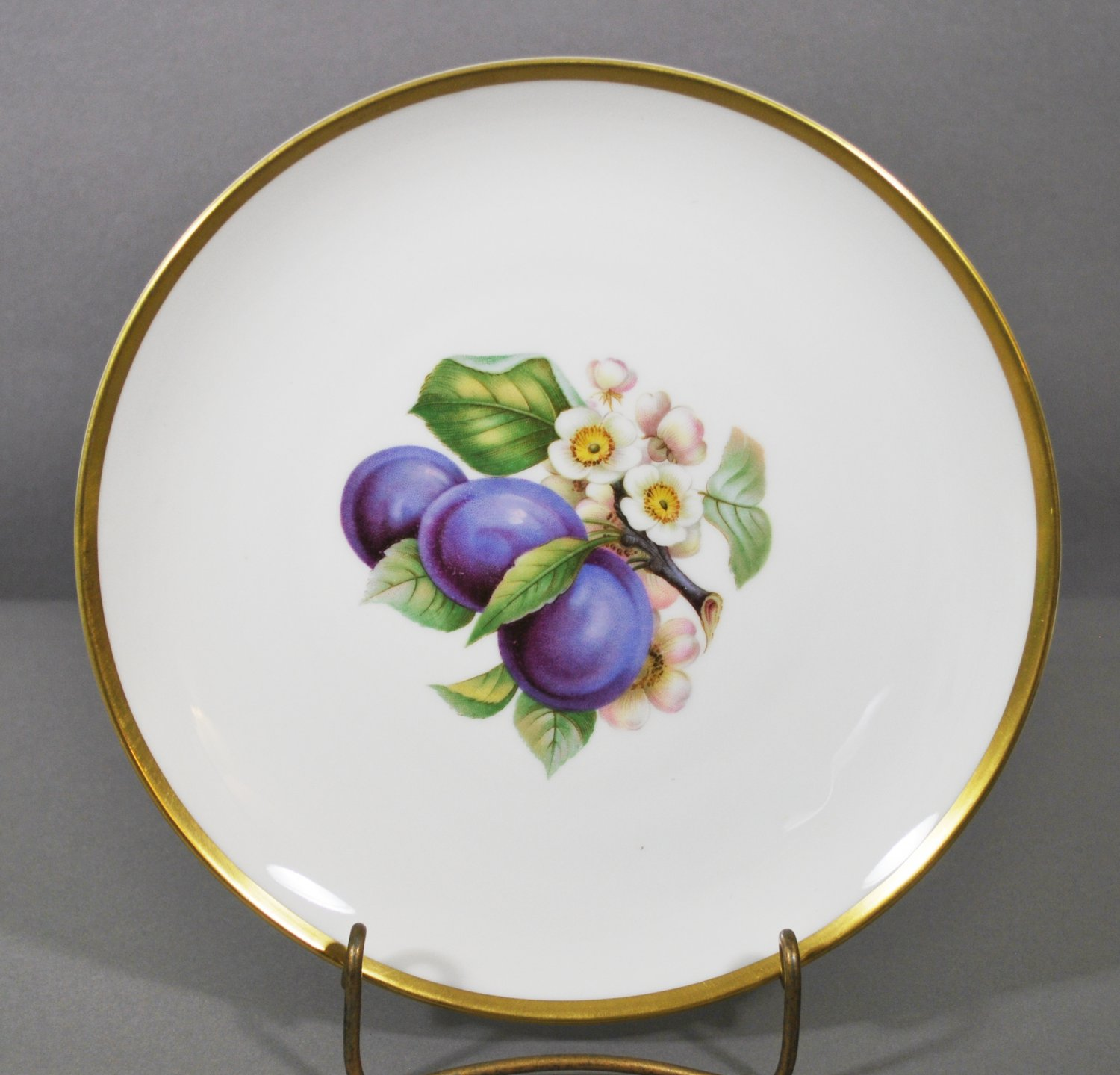 Hutschenruether Bavaria Porcelain Fruit Collector Plate