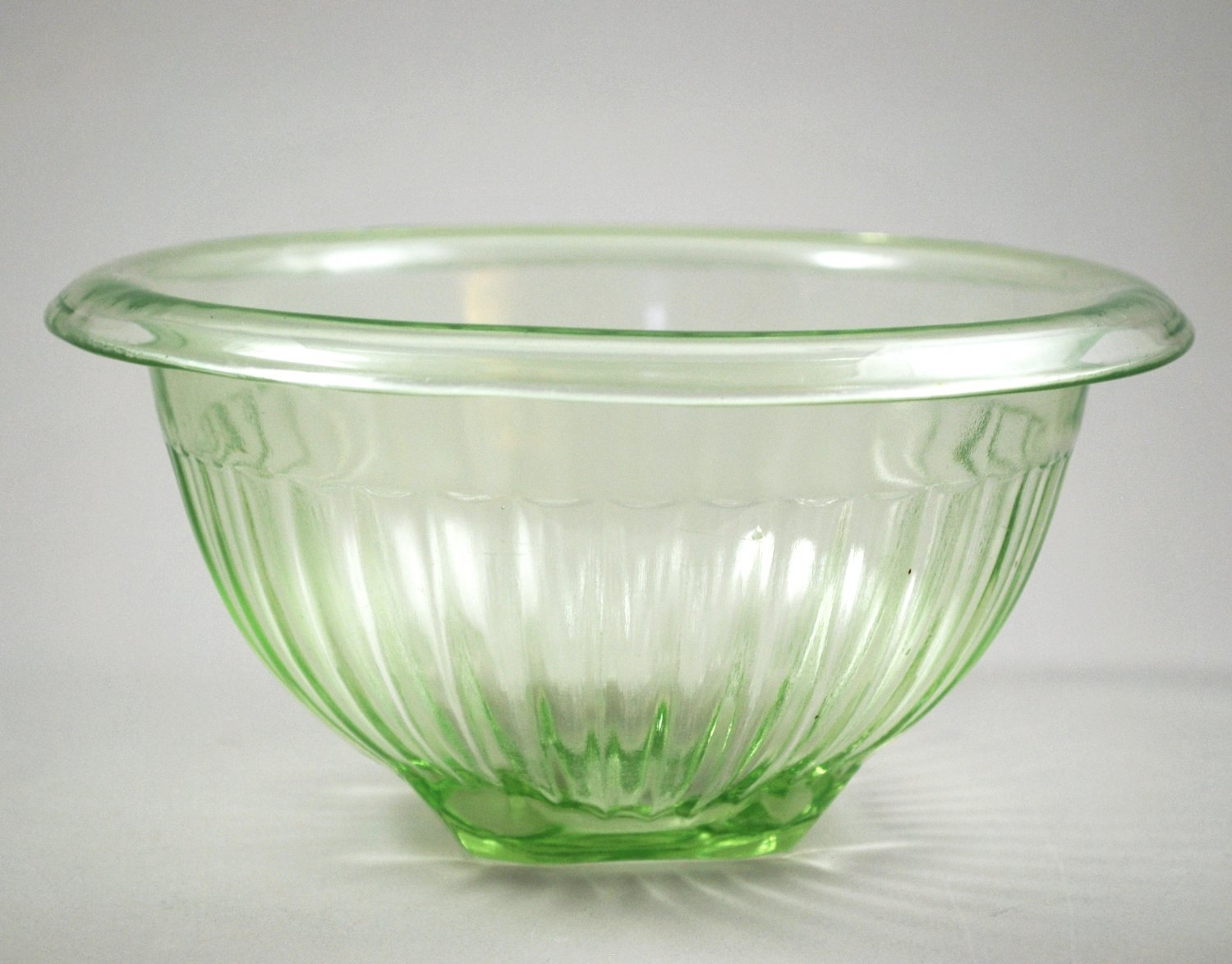 Hocking Green Transparent Paneled Mixing Bowl Depression Kitchenware