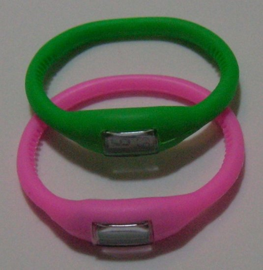 2pcs Digital Silicone Sports Watch (Green and Pink) for Valentine's Day gift!
