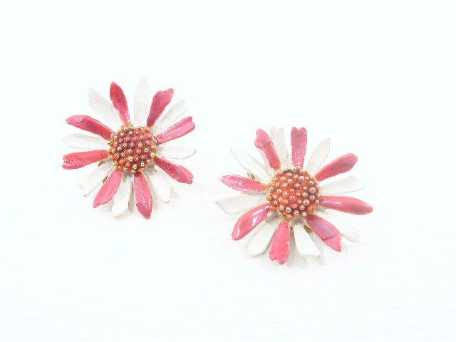 Vintage Hot Pink & White Enameled Flower Earrings Clip
