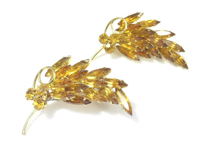 Vtg Pair of Quality Autumn Leaves Rhinestone Brooch