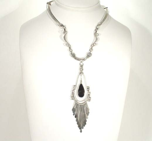 Vtg Silver Tone With Black Pendant Mexico Necklace