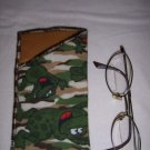 HANDMADE SUPPORT OUR TROOPS EYEGLASS HOLDER CAMO FLANNEL FABRIC WITH FROGS GOLD  LINING