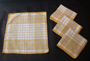 Vintage Yellow Plaid Cotton Napkins - Set of 4 - For Craft and Sewing Projects