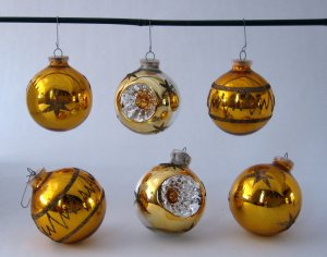 Vintage Glass Globe Christmas Ornaments - Gold and Silver With Glitter - Set of 6 - Made in Germany
