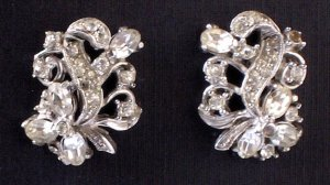 Vintage Hollycraft Rhinestone Earrings - MidCentury Costume Jewelry From Famed New York Jeweler