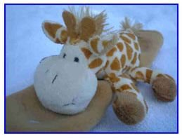 See Me Smile plush seatbelt cover - GIRAFFE