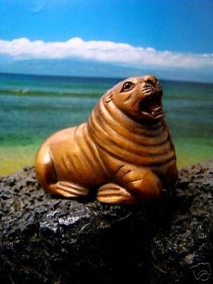 """"""" SEA LION """" HAND CARVED HAWAIIAN KOA WOOD ONYX EYES MINIATURE    FREE GIFTS & USA SHIPPING"""