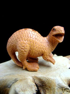 """ DINOSAUR "" HAND CARVED PEACH TREE WOOD 2"" MINIATURE / FIGURINE  FREE GIFTS & USA SHIPPING"