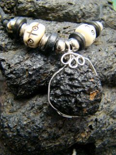 BLACK METEORITE TEKTITE COMET ANTIQUE YAK BONE BEADS STERLING SILVER WIRE WRAPPED NECKLACE