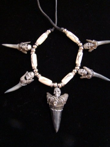 Fossil  Mako & SAND TIGER SHARKS NECKLACE/ HAT BAND5 PEWTER SKULL& 6 BONE Beads