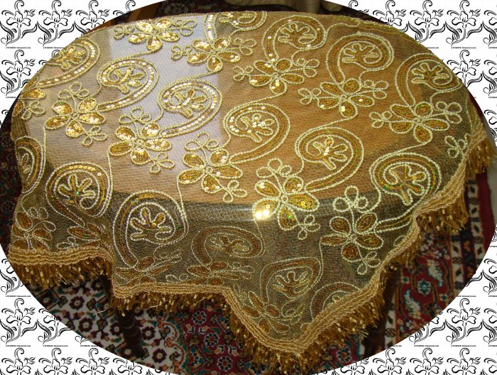 Table covers 6