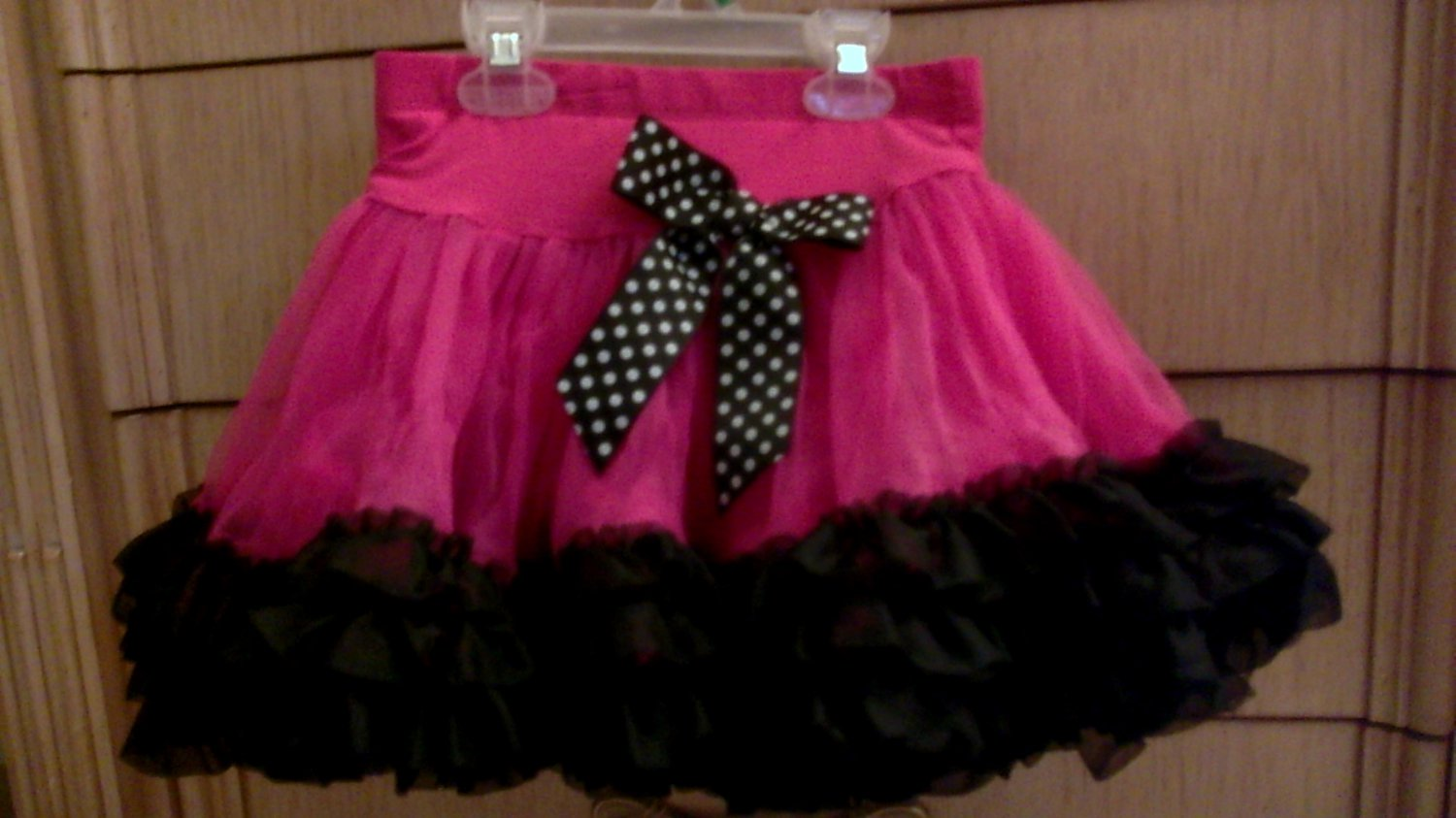 Check Out The Pro Pics From Our Hot Pink Destination: Hot Pink & Black Tutu Size 6 6x