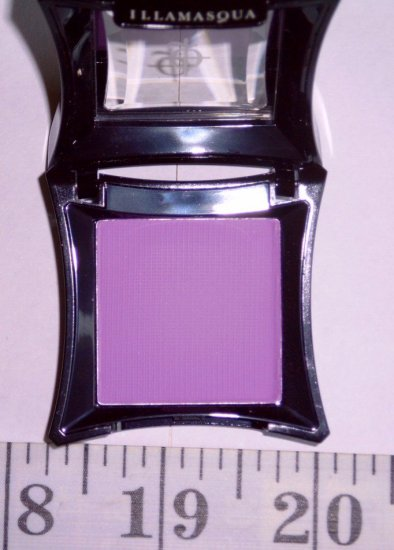 Illamasqua: (1) Cancan Powder E/S