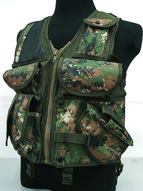 Hunting Tactical Assault Vest Digital Camo Woodland B