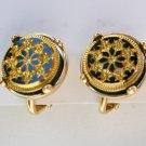 Vintage Avon snow fantasy snowflake gold tone clip on earrings