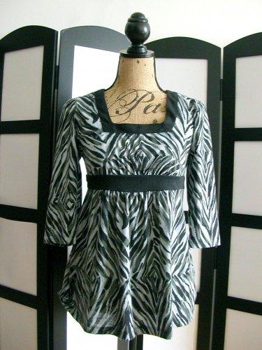 Faded Glory Stretch black gray grey zebra empire 3/4 sleeve top small 4-6