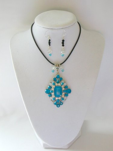 Aqua Blue rhinestone statement pedant necklace earrings set