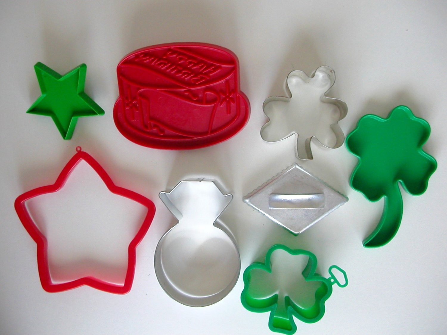 Cookie cutter clover star birthday cake diamond ring lot of 8