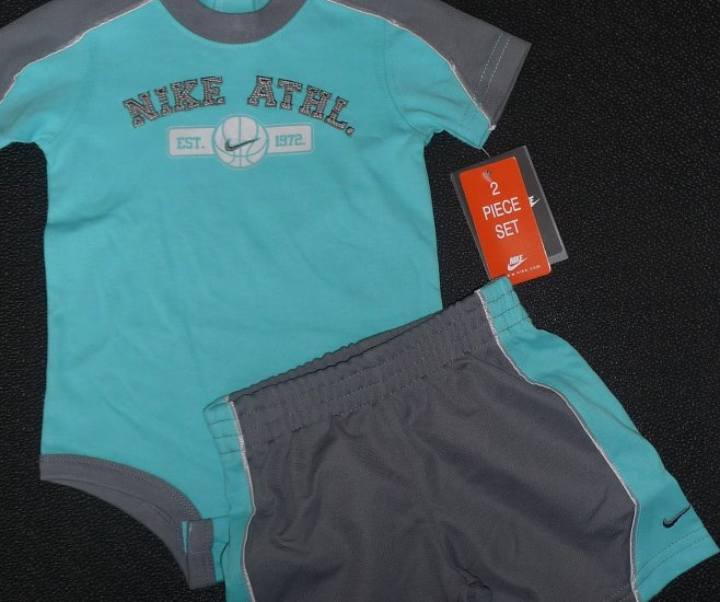Nike Infant Boys 2 piece Outfit 24 months NWT