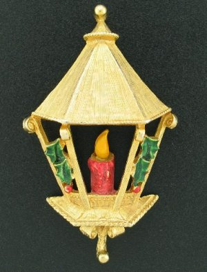 Gerry's Vintage English Lantern Brooch Bro2174