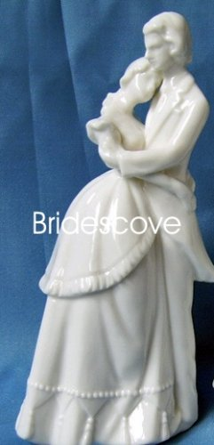 Porcelain Wedding Bride and Groom Cake Topper - Wedding Decoration / Gift - (HS90309)