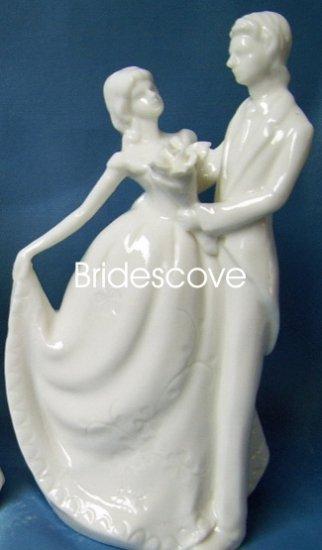 Porcelain Wedding Bride and Groom Cake Topper - Wedding Decoration / Gift - (HS90304)