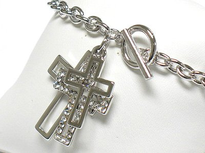 Multi cross charm toggle bracelet(R1149SL-32392)