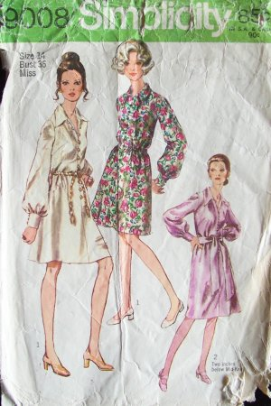 Vintage 70s Simplicity  9008 Long Sleeve Shirt Dress and Sash Pattern Size 14