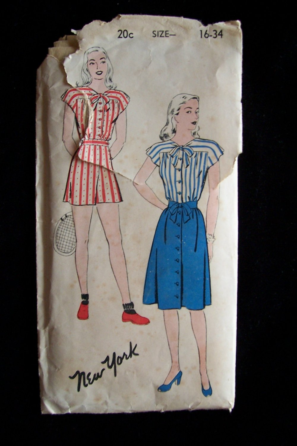 Vintage 40�s New York Pattern 903 Playsuit and Skirt Unused Factory Fold Size 16