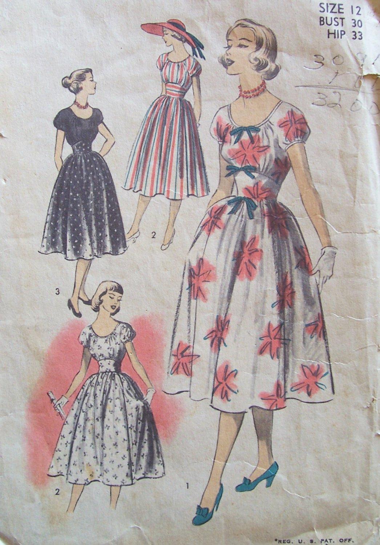 Vintage 50s Advance 5736 Scoop Neck Summer Dress Pattern Full Skirt Size 12 B30