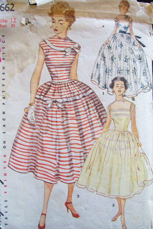 Vintage 50s Simplicity 4662 Full Skirt Evening Dress Pattern Sleeveless Size 12 B30